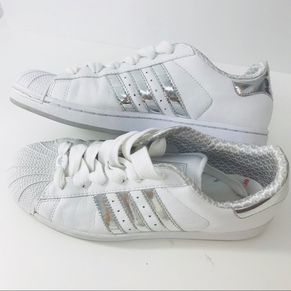 on sale f1a79 c463b adidas Shoes - Adidas Superstar Silver Stripes Size 10 White EUC